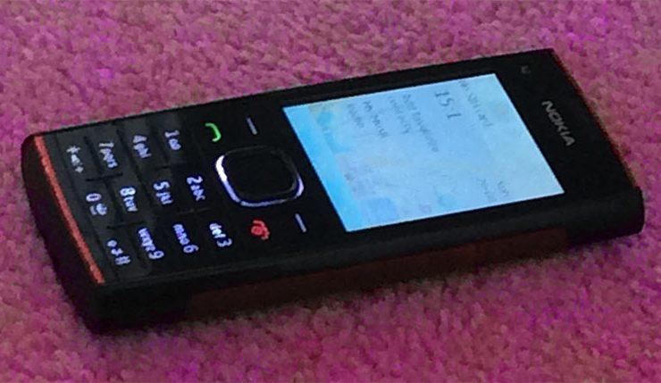 Nokia X2 Mobile Phone